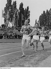 Quotes About Friendship By Emil Zatopek