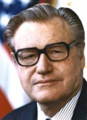 Picture Quotes of Nelson Rockefeller